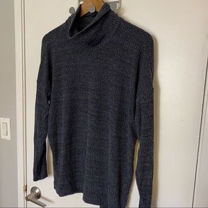 🌿American Eagle Soft & Sexy Plush Turtleneck Top
